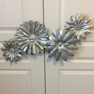 Silver metal floral wall decal